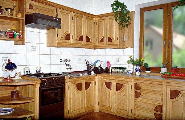 1031 - Meble z drewna kuchenne na wymiar.