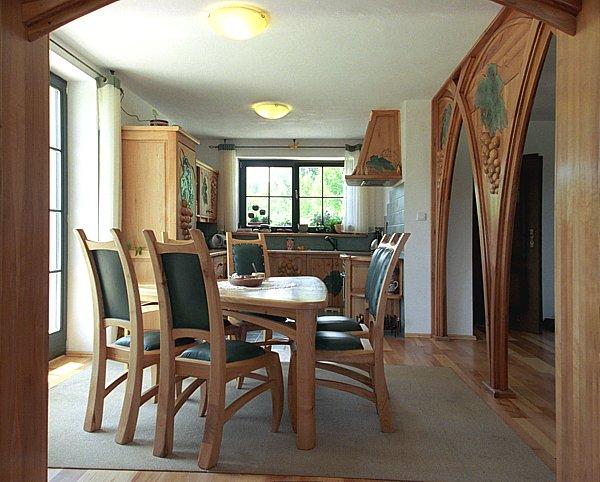 1113 - Meble drewniane krzesła tapicerowane unikatowe artystyczne fusing.