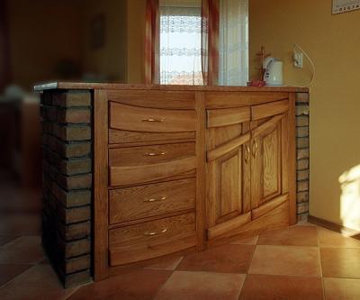Meble kuchenne z drewna wyspa unikatowe i dębowe. #1143