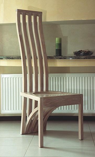 1152 - Meble z drewna do jadalni artystyczne krzesło unikatowe.