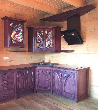 Meble z drewna kuchenne dębowe artystyczne szafki z witrażami. #1165