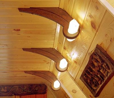Meble drewniane unikatowe na zamówienie lampy artystyczne do pokoju dziennego. # 2018