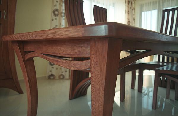 2053 - Meble do salonu drewniany stół dębowy na wymiar.