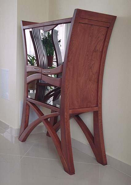 2056 - Meble z drewna autorskie do pokoju dziennego unikatowy barek drewniany i krzesła do jadalni.