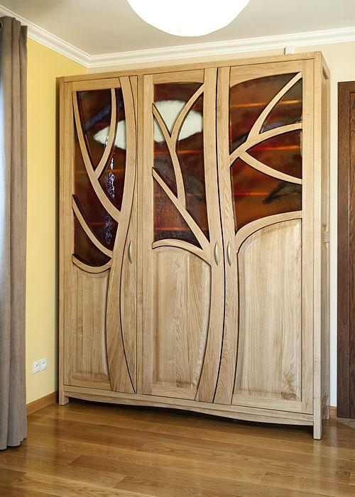 drewniana artystyczna witryna z fusing 2095