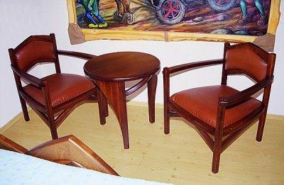Meble drewniane do sypialni unikatowe fotele tapicerowane skora debowy stolik do kawy. #3023