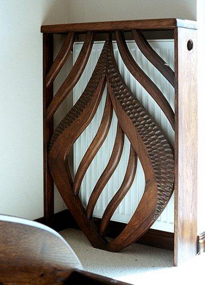 Meble z drewna unikatowa oslona grzejnika do sypialni. #3105