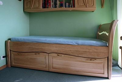 Meble z drewna unikatowe dębowe łóżko z szufladami do sypialni. #3112