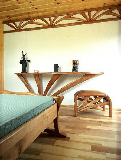 Meble z drewna do sypialni artystyczne unikatowe oryginalne tapicerowane siedzisko, krzeslo #3124.