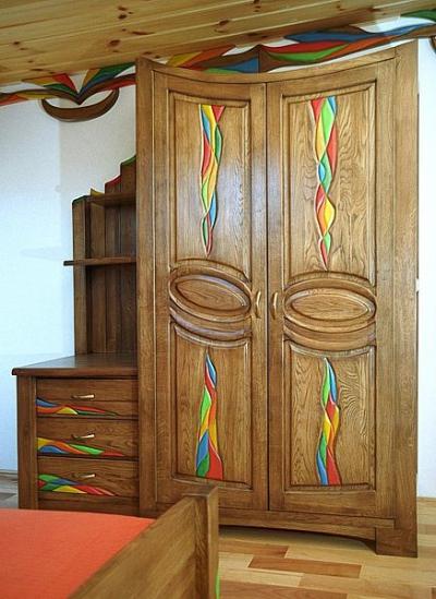 drewniana dębowa szafa unikatowa artystyczna dizajnerska do sypialni, aranżacja wnętrz. #3132