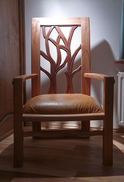Meble z drewna artystyczne dizajnerskie fotel tapicerowany unikatowy dizajnerski. #3141
