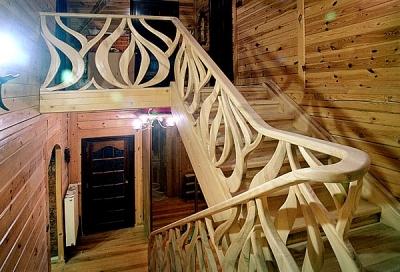 drewniana-unikatowa-barierka-schodów #5063