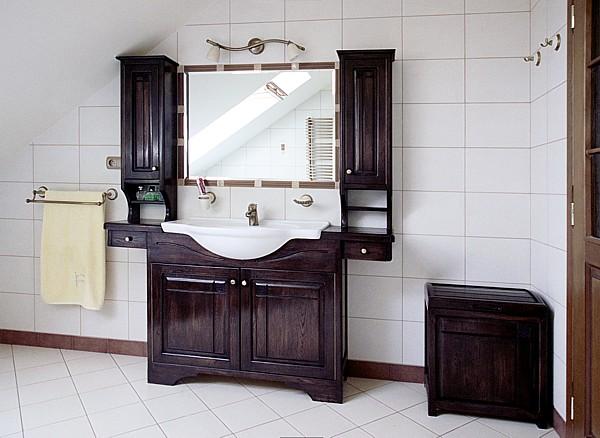 6164 - Meble drewniane do łazienki toaletka z lustrem dębowa oryginalna.
