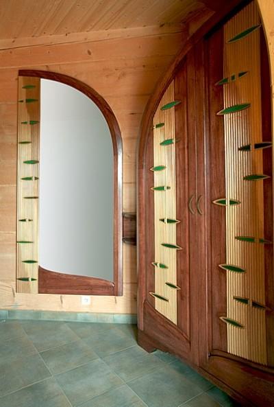 Meble drewniane do przedpokoju, szafa i lustro na wymiar, artystyczne unikatowe na indywidualne zamówienie. #6271