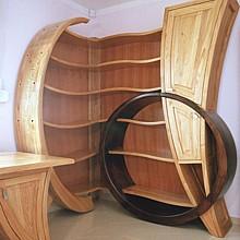 drewniane meble gabinetowe biurko